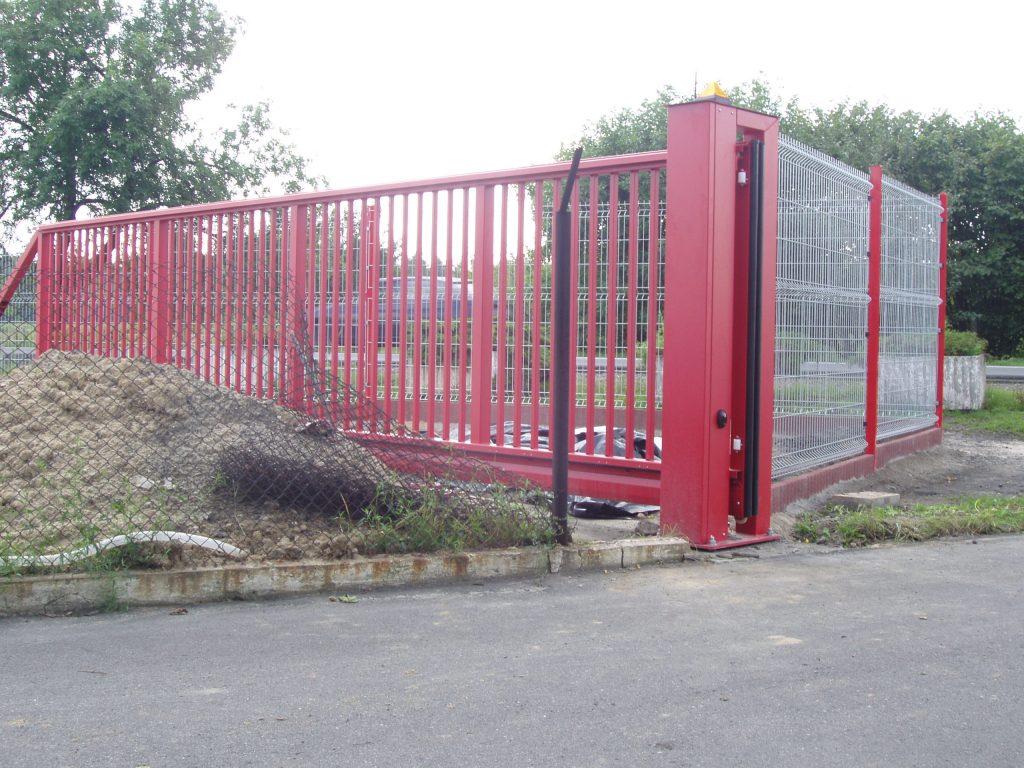 Brama ogrodzeniowa przemysłowa przesuwna typu PI-130 ,RAL-3000